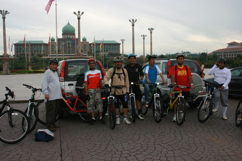 Cycling @Putrajaya Lake 003