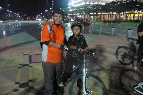 The boy who cycles with his parents