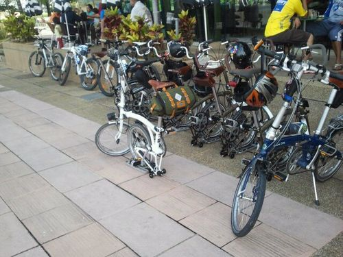 Bikes at Umai Cafe by Arrahman Awang